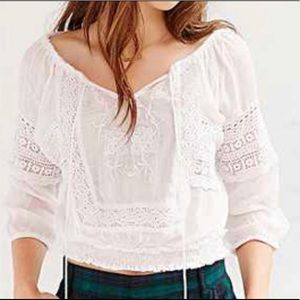 Urban Outfitters Embroidered Peasant Top S
